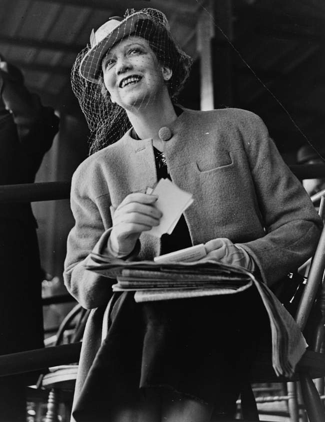 Elizabeth Arden Photo By Alan Fisher