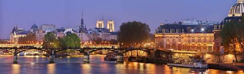 Le Pont Des Arts De Paris