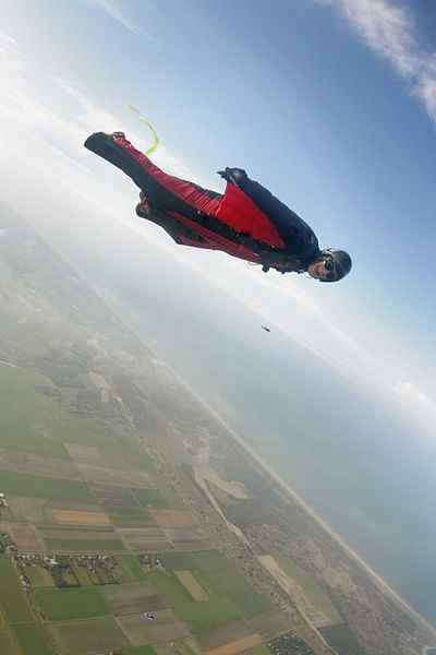 Wingsuit Flying By Vladimir Lysyuk And Jarno McCordia