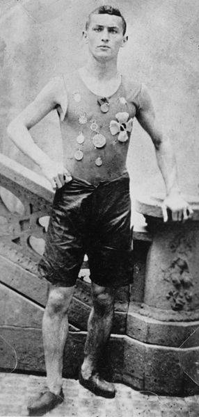A Young Harry Houdini