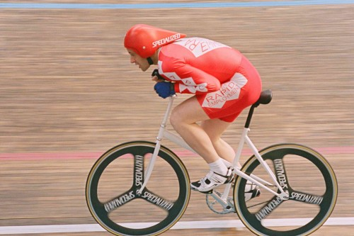 Graeme Obree (Jonny Lee Miller) MGM Distribution Co.