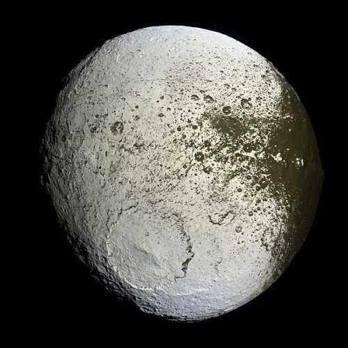 Iapetus Saturn's Moon's Bright Region