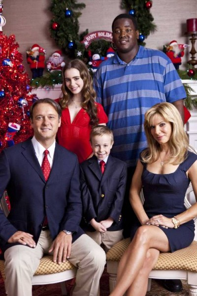 Sean Tuohy (Tim McGraw), Collins Tuohy (Lily Collins), S.J. (Jae Head), Michael Oher (Quinton Aaron) And Leigh Anne Touhy (Sandra Bullock) In The Blind Side