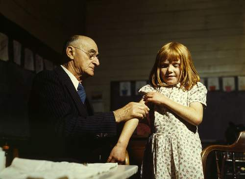 Superbugs A Girl Receiving A Typhoid Inoculation In 1943