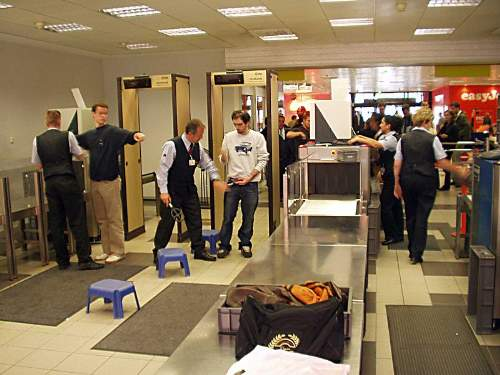 Superbugs Current Airport Security Photo By Ralf Roletschek
