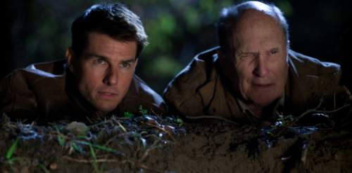 Jack Reacher Film Review Jack Reacher (Tom Cruise) And Cash (Robert Duvall)